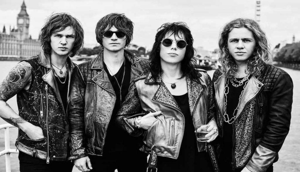 Everybody+Wants+The+Struts
