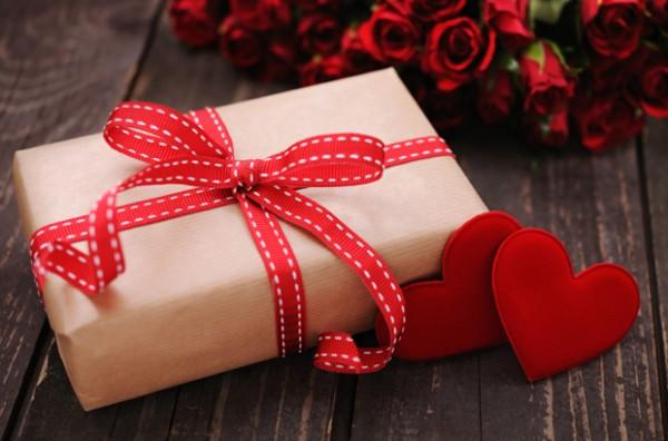 Most Commonly Bought Valentine's Gifts